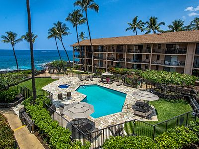 Photo for 25% OFF! 1bdrm condo in Oceanfront complex, Ocean Views, Pool, Tennis Courts & A/C. Kona Makai 2303