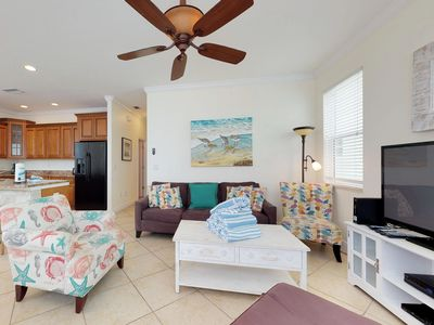 Photo for Elegant house w/ private lagoon pool, island views & easy beach access!