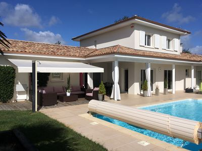 Photo for Beautiful 3 bedroom villa 6 people with heated pool 28d, 5mn from the beach