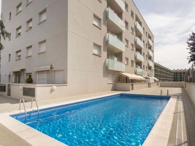 Photo for 2 bedroom Apartment, sleeps 6 in Lloret de Mar with Pool and WiFi