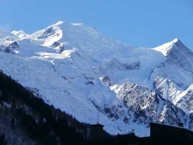 Spectacular views of the Mt Blanc from the balcony and living room