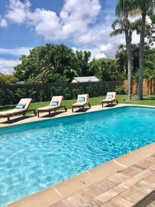 Great location!!  3BR 2 BA Private Pool Home! 3 min to #1 rated Siesta Key.