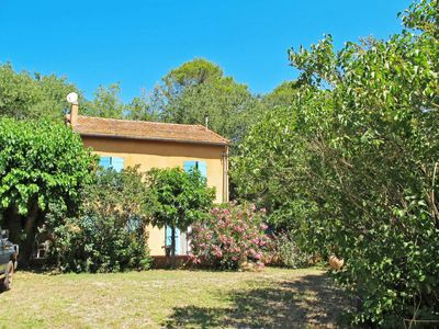 Photo for 2 bedroom Villa, sleeps 4 in Le Cannet-des-Maures with WiFi