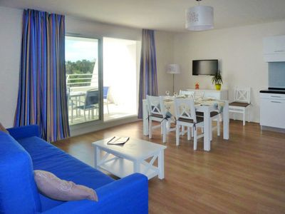 Photo for 2 bedroom Apartment, sleeps 7 in La Grande-Motte with Pool, Air Con and WiFi