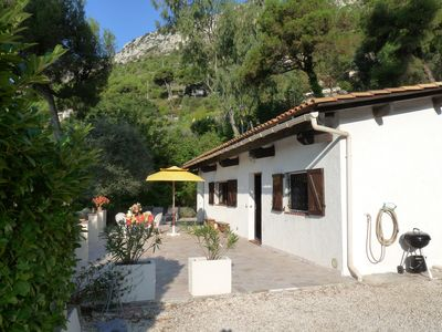 Photo for Small Quiet house with panoramic sea view, near Monaco