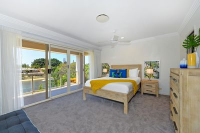 Managed by Coastal Holiday Rentals, Surfers Paradise