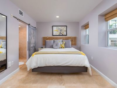 Large Studio with King Bed