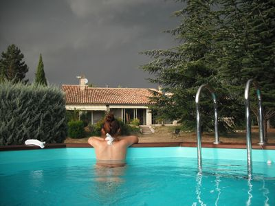 Photo for VILLA with pool between Luberon and Ventoux