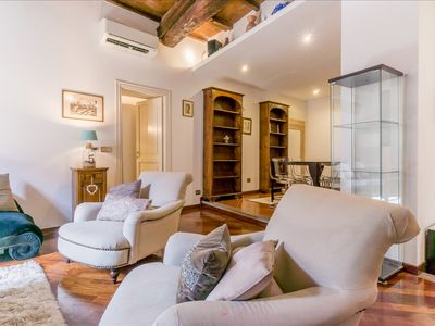 Photo for TRASTEVERE APARTMENT - Charm and Authenticity!