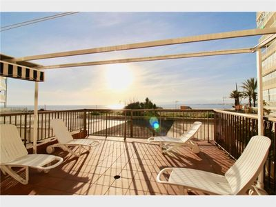 Photo for On the seafront, beautiful terrace with sea view in lively Salou
