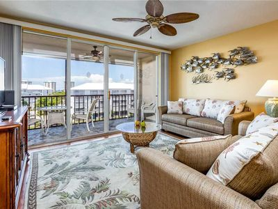 Photo for Hibiscus Pointe 342, Canal View, 2 Bedroom, Sleeps 6, Heated Pool, Elevator