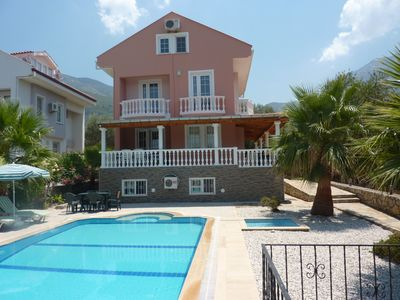 Photo for 7 bedroomed detached villa with pool