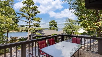 Photo for Gorgeous Lake Condo! Great Location!!