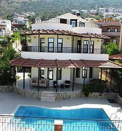 Photo for Spacious Villa with WiFi, A/C,  Private Pool and Rooftop Terrace