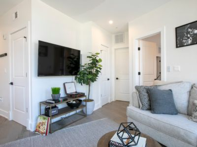 Photo for Washington, DC Modern Cozy Capitol Hill/H Street 1 Bedroom condo
