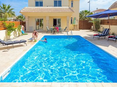 Photo for Beautiful Family Villa with Private Pool (Fencing Optional) and a Safe, Enclosed