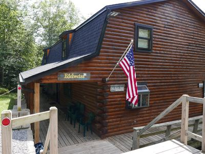 7 BR Cabin - Perfect Location - Long Term Discounts - No Touch Check-in!