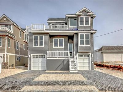 Photo for SPECTACULAR NEW CONSTRUCTION 5 BDRM WITH ELEVATOR IN NORTH BEACH HAVEN