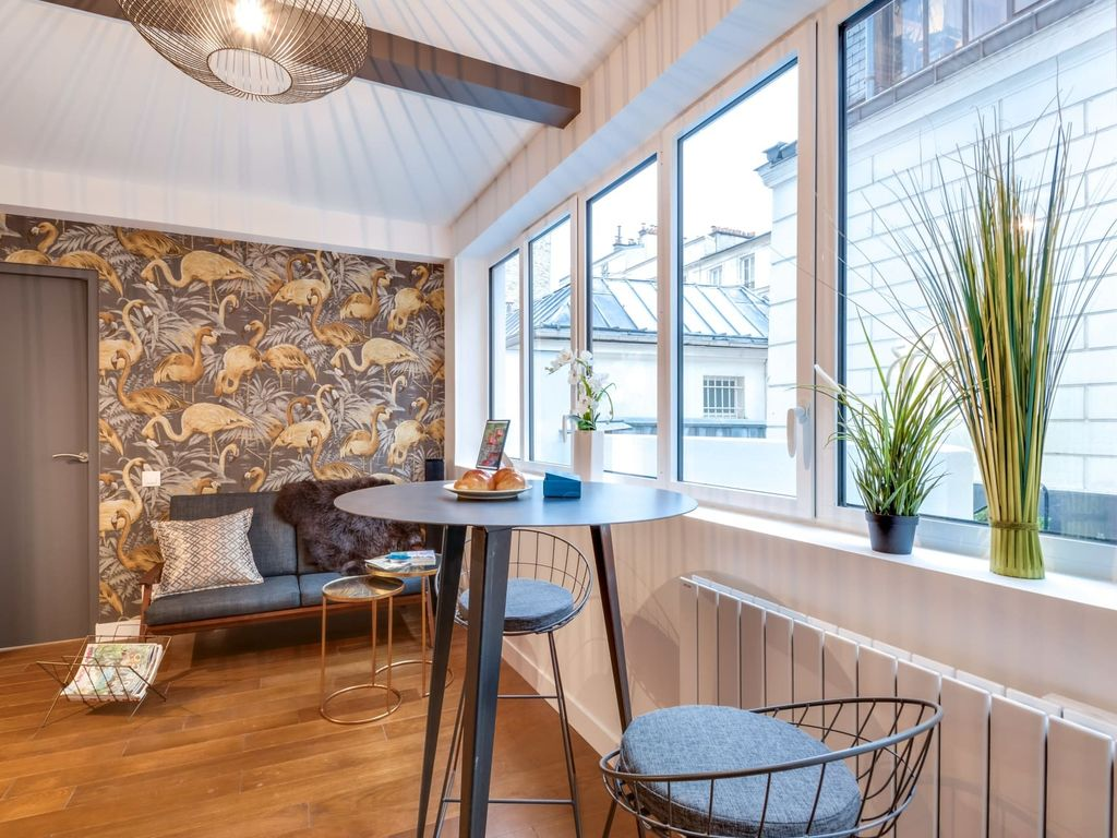 cozy apartment in paris with internet air conditioning homeaway rh homeaway co uk
