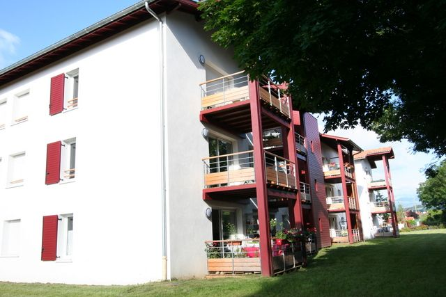 En plein coeur du pays basque st jean pied de port - Places to stay in st jean pied de port ...