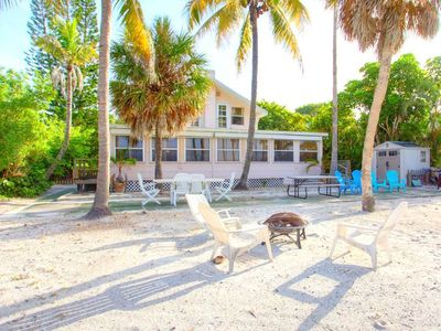Photo for Beachfront Dunes, Sleeps 8, 3 Bedrooms plus Den, Gulf Front, Pet Friendly