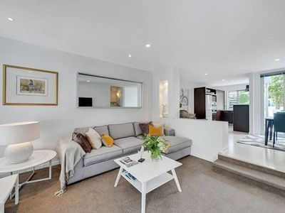Photo for Executive Townhouse across the park to Wynyard Qtr