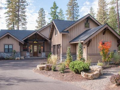 Photo for Golf Course Views, Hot Tub, Fire Pit, BBQ, Family Friendly, & Full Resort Access