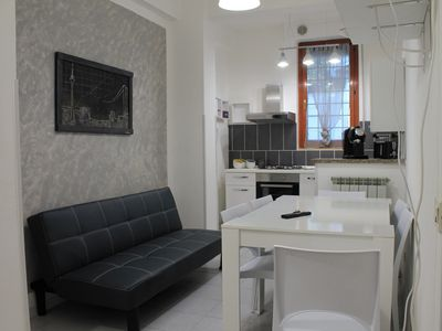 Photo for Apartment 2 rooms in the central area (no ztl), Wi-Fi free, parking condominiums