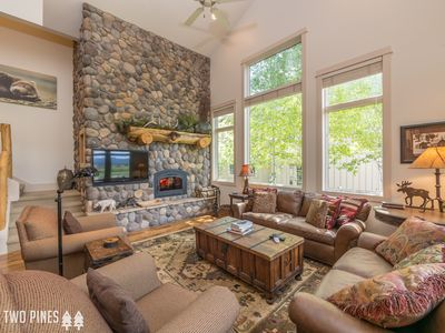Luxurious Crail Ranch Townhome | Private Hot Tub- Perfect Big Sky Winter Retreat