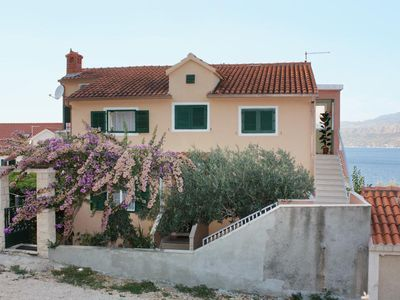 Photo for Apartment in Postira (Brač), capacity 4+2
