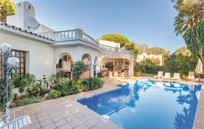 Photo for 6 bedroom accommodation in Estepona