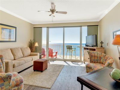 Photo for Charming 10th Floor Condo! Gulf View, Beach Access, Onsite Restaurant & Bar!