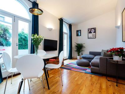Photo for Modern home set over 3 floors, sleeps 5 in bustling East London (Veeve)