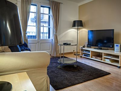 Photo for HABITAT APARTMENTS - 3 bedroom apartment located in the heart of the Gothic Quar
