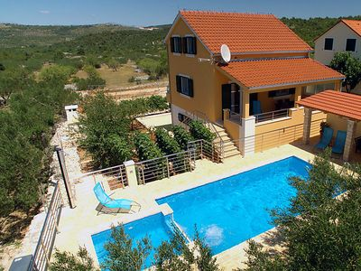 Photo for Vacation home Damir in Brač/Donji Humac - 6 persons, 3 bedrooms