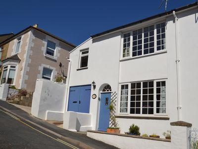 Photo for Smugglers - pretty cottage in quiet street in town, with easy access to beach