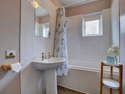 Photo for Vacation home Painter's Cottage in Appledore - 3 persons, 2 bedrooms