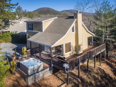 Photo for Welcome to Alpine Birdie Nest! This 3 bedroom/3 bath cottage is surrounded by a view of trees and mo