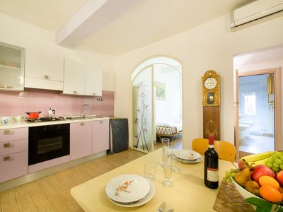 Photo for BORGO 27 - Apartment near Arno River - Apartment for 3 people in Florencia