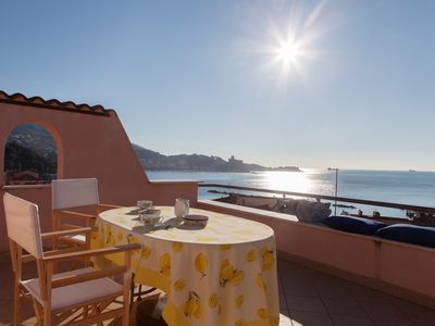 Photo for Terrazza sul Mare - Independent house a few steps from the beach