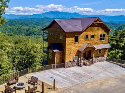 Photo for NEW BUILD! Bella Vista: CLEAN!~Epic Views~Climbing Wall~Theater~Fire Pit~Game Rm