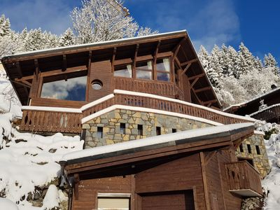 Photo for Stunning 6 bedroom chalet with amazing views over Morzine.