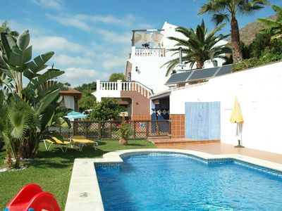 Photo for 7 bedroom villa in Nerja 003