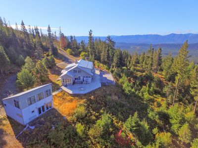 Photo for SAVE 25% NOW! Private Lodge-AMAZING Mountain and Lake Views   Hot Tub