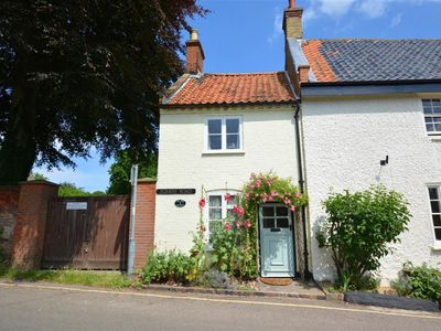 Photo for End Cottage - Two Bedroom House, Sleeps 4