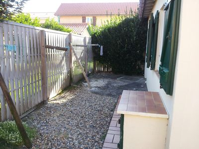Photo for MAISONNETTE WITH GARDEN 150M FROM THE BEACH