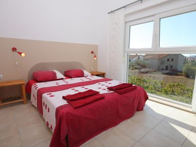Photo for Two bedroom apartment with terrace and sea view Fažana (A-7252-a)