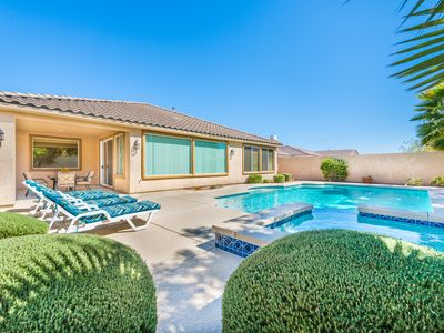Photo for SUMMERLIN RETREAT@ RED ROCK COUNTRY CLUB, 24/7 guard gated. *Fm: $169 p/n-30nts*