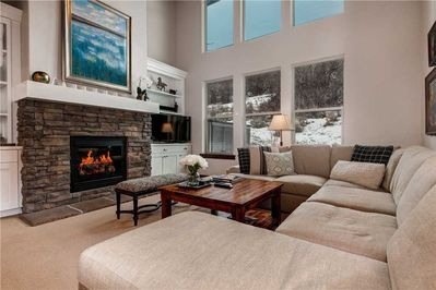 Light, Bright Main Living Room with TV & Gas Fireplace