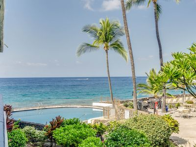 Photo for Delightful one bedroom one bathroom condo with ocean view, Casa de Emdeko #216, In Kailua-Kona